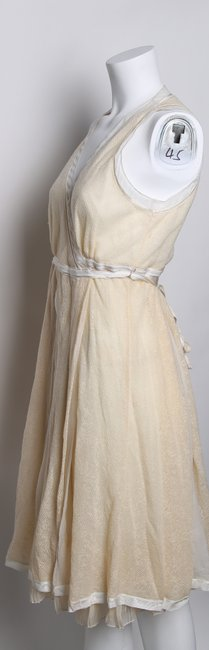 STRENESSE Creme Eggshell/Creme Above Mid-length Formal Dress Size 8 (M) STRENESSE Creme Eggshell/Creme Above Mid-length Formal Dress Size 8 (M) Image 5