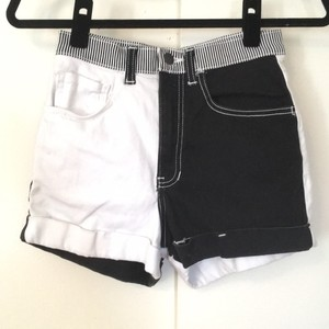 American Apparel Cuffed Shorts Black and white
