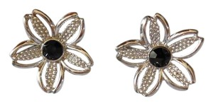Sarah Coventry Floral Clip On Earrings w Black Rhinestones