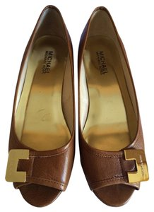 Michael Kors Tobacco Wedges