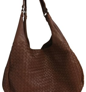 Bottega Veneta Tote in Brick Brown