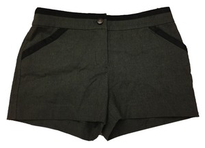 Charlotte Ronson Shorts Army Green