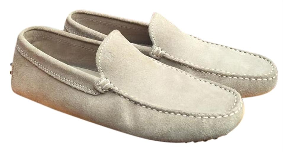 9e3b22b2693 Tod's Beige Taupe Tan Suede Leather Driver Moccasin Loafers Men's Italy *  Rare Flats