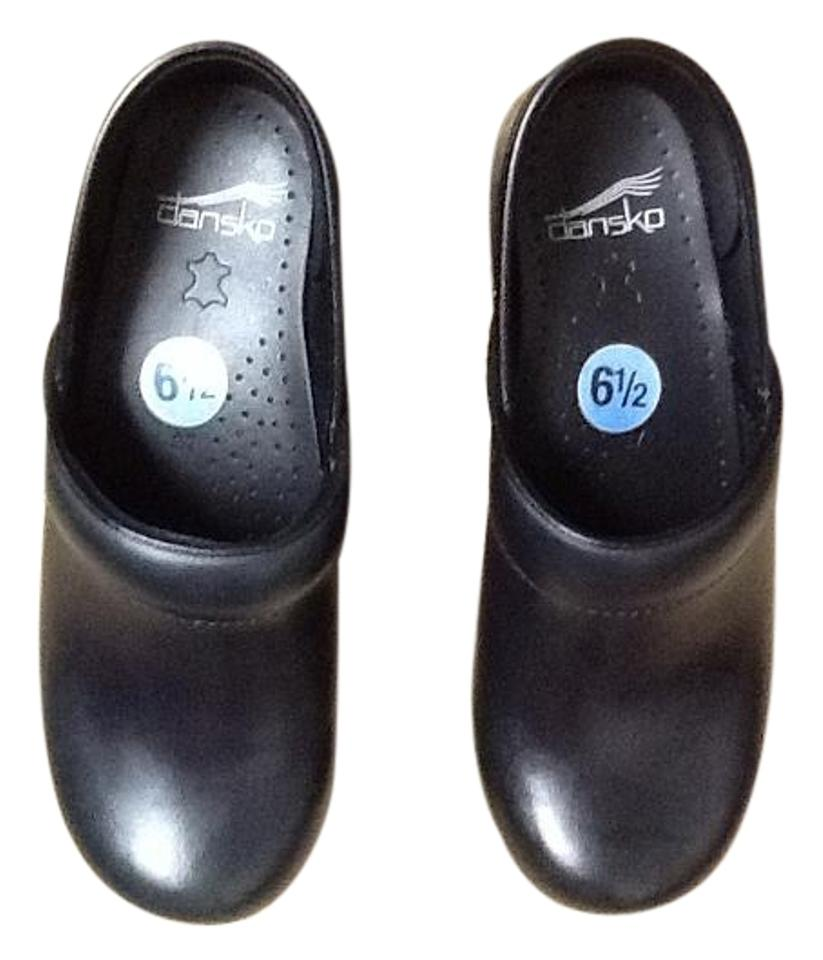Dansko Black with Of A Slight Shade Of with Green 306750202 Mules/Slides 875f41