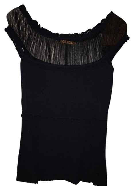 Item - Elegance Black Top