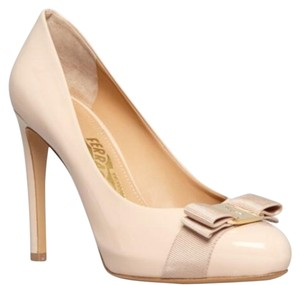 Salvatore Ferragamo New bisque nude Pumps