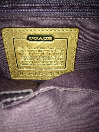 Coach Comes With Sales Slip Shoulder Bag