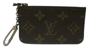 Louis Vuitton Monogram Key Cles 205110
