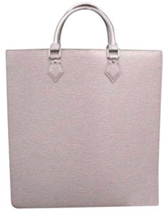 Louis Vuitton Lavendar Sac Plat Tote Satchel in Lilac