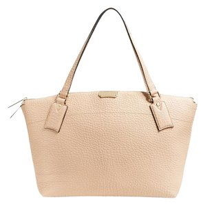 Burberry Welburn Leather Tote in Pale Apricot