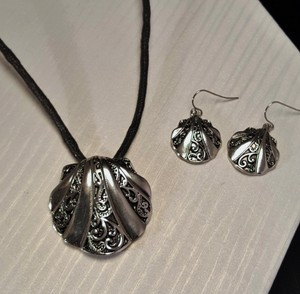 Other Silver Plated Shell Silver Plated Necklace