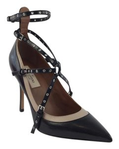Valentino Rockstud Rockstud Love Latch Black Pumps