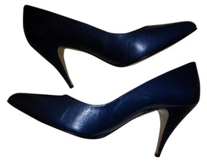That's It! Leather Made In Spain Navy Blue Pumps