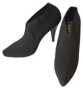Two Lips Stretchy Hidden Platform Black Boots