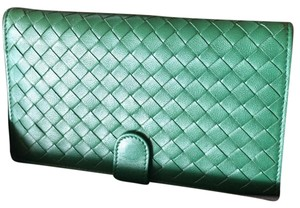 Bottega Veneta Wristlet in Green