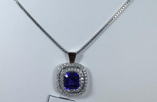 Other CLASSY CUSHION SHAPE STARBURST CUT TANZANITE SET. EARRING TANZANITE 2.10 CT & 0.65CT (TOTAL) DIAMOND, PENDANT TANZANITE 2.15 CT & 0.85 CT IN FOUR-STONE SETTING 14KT WHITE GOLD Image 1