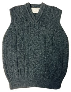 Aran Crafts Ireland Vest Handknit Irish Wool One Of A Kind Gray Sweater