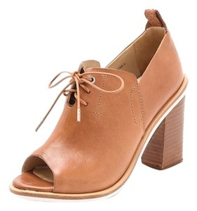 rag & bone Leather Italian Real Leather tan Pumps
