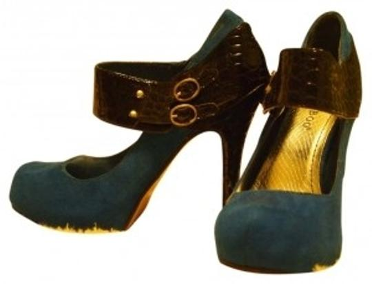 Bamboo Trading Company Royal blue Pumps