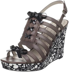 Marc by Marc Jacobs Summer Party Fun Brown, Floral Wedges