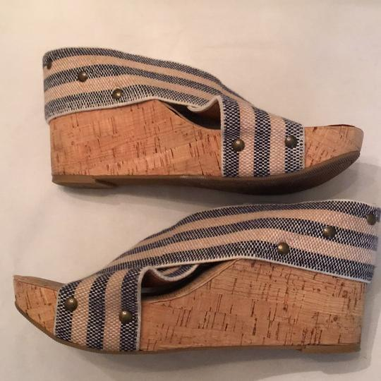 Lucky Brand Navy tan stripes Wedges