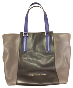 Marc by Marc Jacobs Tote in BLACK | BLUE | GRAY