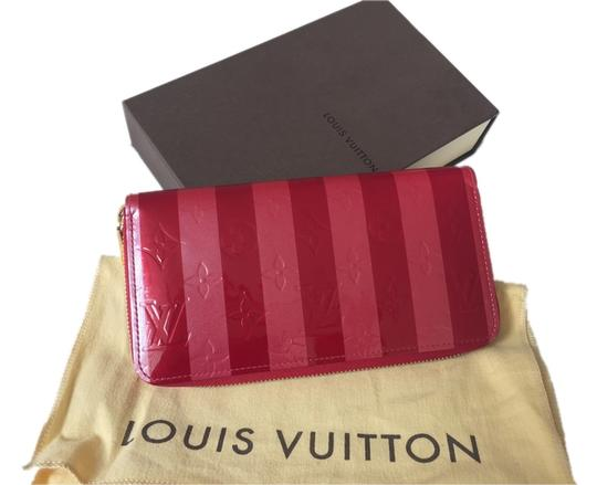 Preload https://item5.tradesy.com/images/louis-vuitton-redpink-limited-edition-rayures-zippy-wallet-1714879-0-0.jpg?width=440&height=440