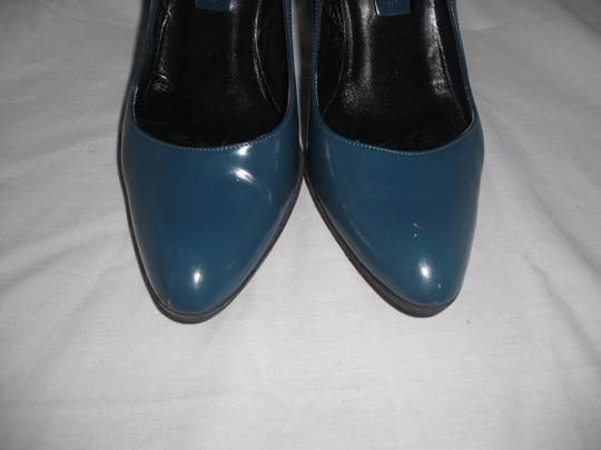 Marc Jacobs Patent Leather Blue Pumps Image 2