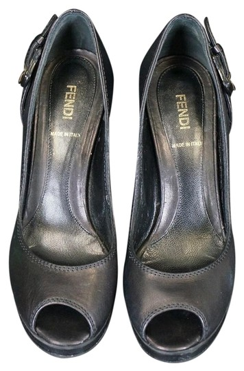 Preload https://img-static.tradesy.com/item/17150071/fendi-black-leather-platforms-size-us-8-regular-m-b-0-1-540-540.jpg