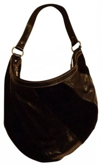 Preload https://item2.tradesy.com/images/purse-with-shoulder-strap-black-leather-and-suede-hobo-bag-17151-0-0.jpg?width=440&height=440