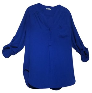 477981d30f0afb Blue Pleione Tops - Up to 70% off a Tradesy