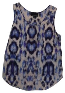 Cynthia Rowley Top Beige/ivory with navy and royal ikat print