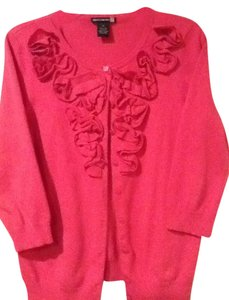 Sweaterworks Bright Ruffle Adorn The Front Three Quarter Sleeves Cardigan