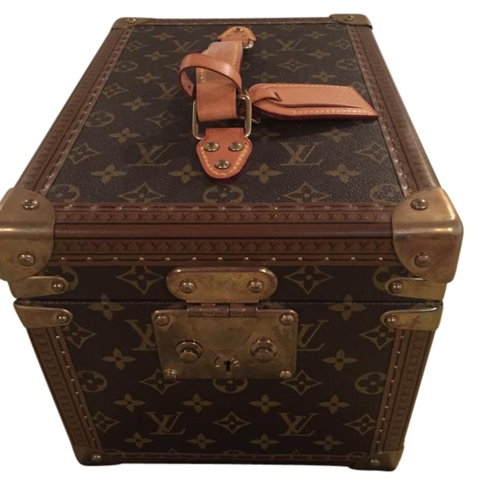 6a9dd3d6bbe Louis Vuitton Vintage Cosmetics Trunk Case with Gold Hardware Brown  Monogram Canvas Weekend/Travel Bag 66% off retail