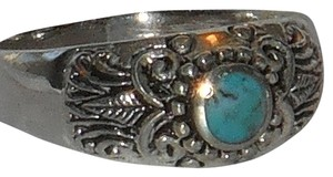 J Brand 925 Sterling Silver Genuine Turquoise Gemstone Ring with Scrolled Band Size 14 only