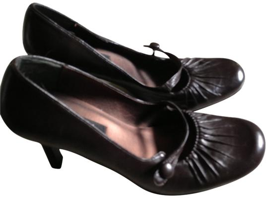 Kensie Dark Brown Pumps