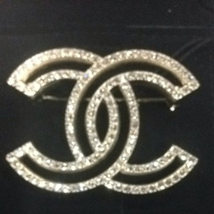 Chanel Chanel 15 P Brooch With Crystals