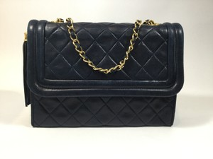 Chanel Leather Quilted Vintage Gold Shoulder Bag