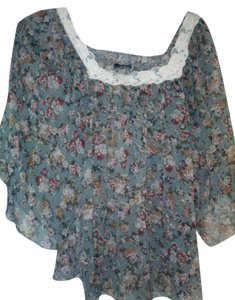 Unknown Sheer Lace Trim Top Floral Green