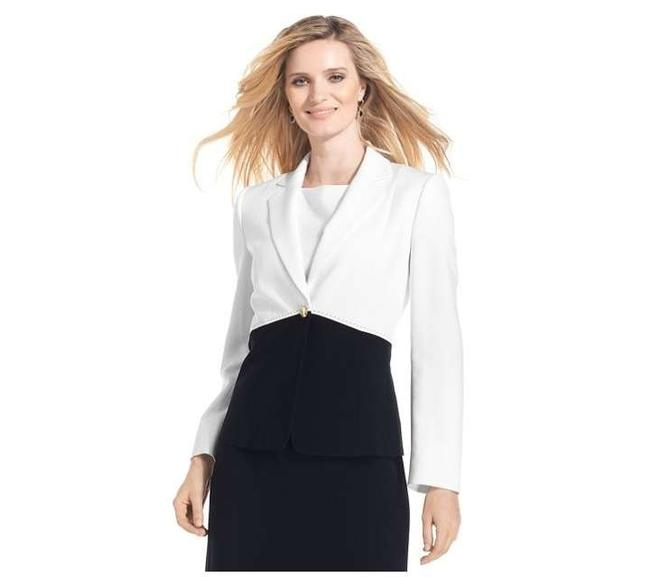 Preload https://item5.tradesy.com/images/t-tahari-chic-top-stitched-navy-and-white-blazer-size-4-s-171674-0-0.jpg?width=400&height=650