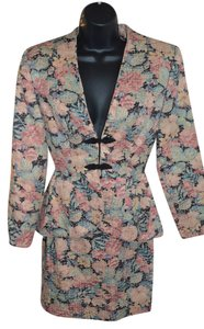 PILAR ROSSI COUTURE PILAR ROSSI COUTURE Black/floral 2 pcs Skirt suit size 4 on sale