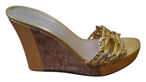 Anne Klein Cork gold Sandals