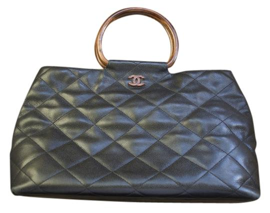 Preload https://item5.tradesy.com/images/chanel-black-leather-tote-1716979-0-0.jpg?width=440&height=440