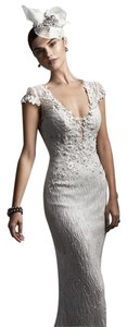 Ivory Feminine Wedding Dress Size 10 (M)