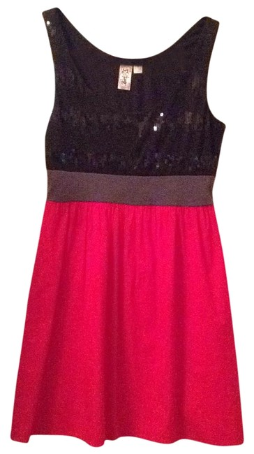 Item - Red and Black Above Knee Cocktail Dress Size 4 (S)