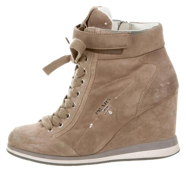 Item - Beige Taupe Suede Round-toe Wedge Sneakers Size US 7