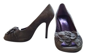 Jeffrey Campbell Suede Flower Peep Toe Handmade gray Pumps