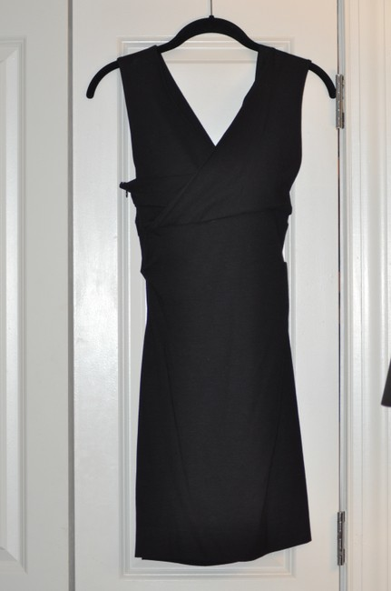 Diane von Furstenberg Lbd V-neck Sleeveless Stretchy Dress