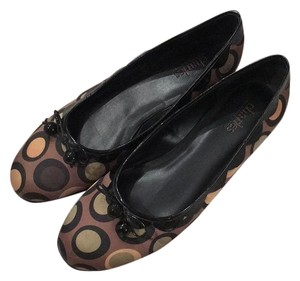 Charles David Black and Gold Flats