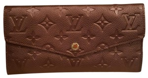 Louis Vuitton RARE!!! NEW Curieuse Empreinte Wallet in Grenat